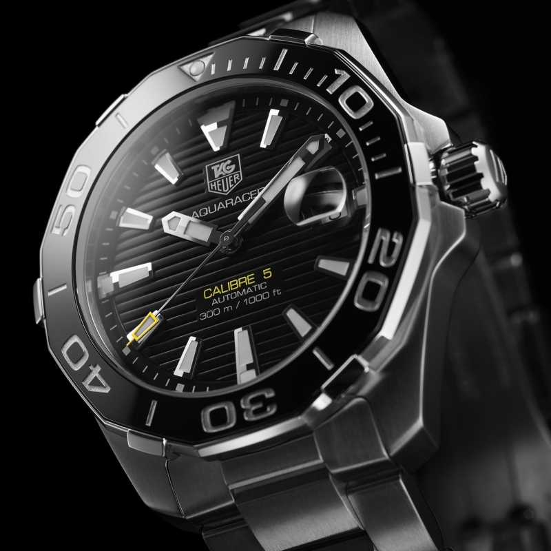 tag-heuer-watches-aquaracer-300m-calibre