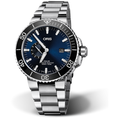 aquis-small-second-date