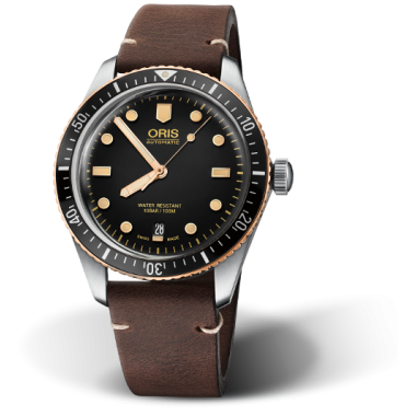 divers-sixty-five